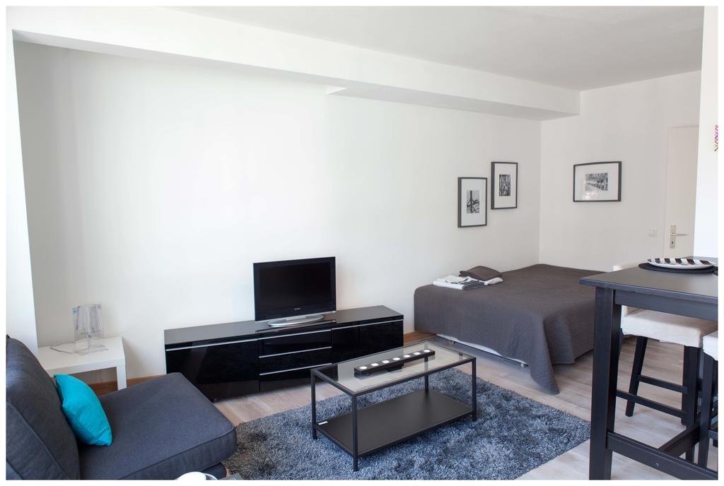 hotel bruxelles aparthotel wellington. Black Bedroom Furniture Sets. Home Design Ideas